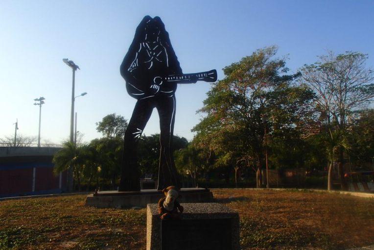 Estátua da Shakira em Barranquilla