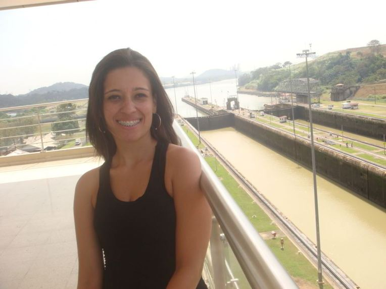 Michele no Canal do Panamá