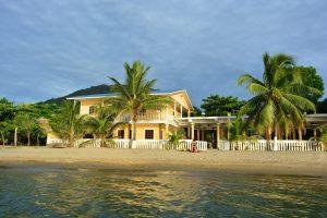 Hotel Capiro Bay