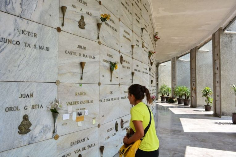 A gaveta de Ramón Valdés se destaca pelas mensagens deixadas pelos fãs