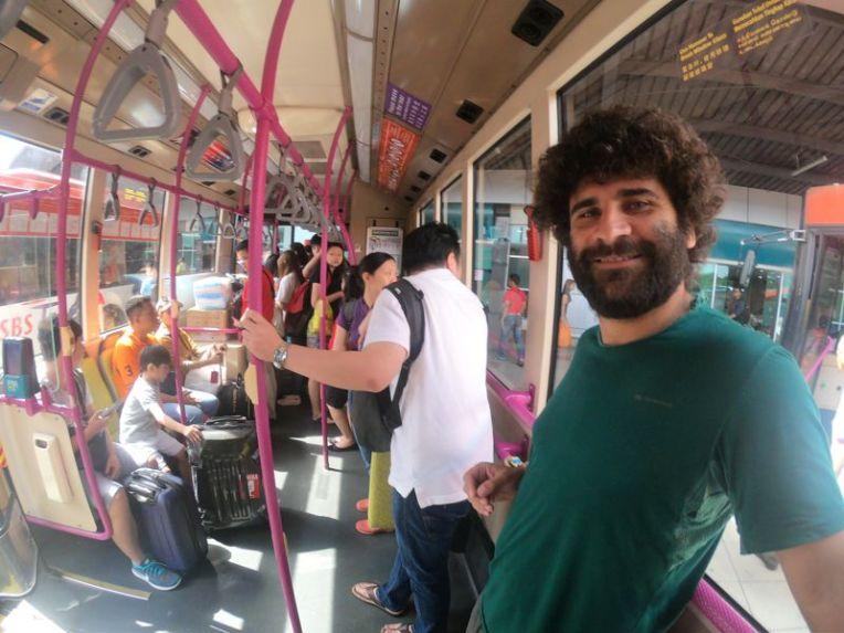Ônibus da SBS para Singapura