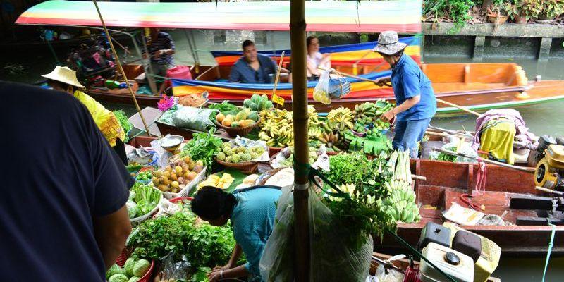 Mercados flutuantes de Bangkok