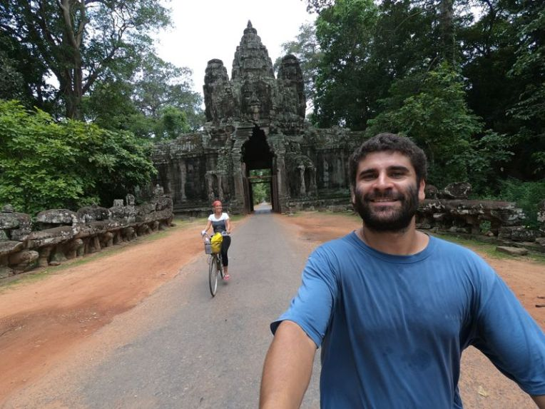 Angkor Wat em bicicleta
