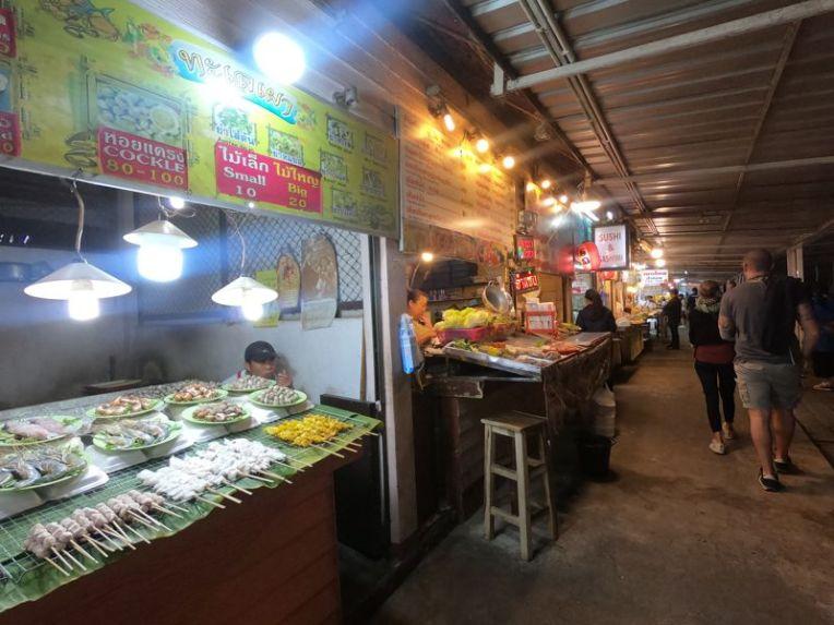 Night Bazar em Chiang Rai
