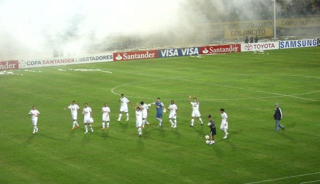 Top 10 clubes com mais títulos da Libertadores - Santos