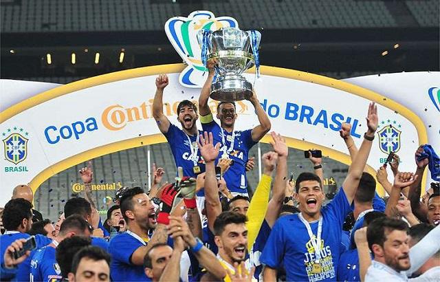 Top 10 clubes com mais títulos nacionais do Brasil - Cruzeiro