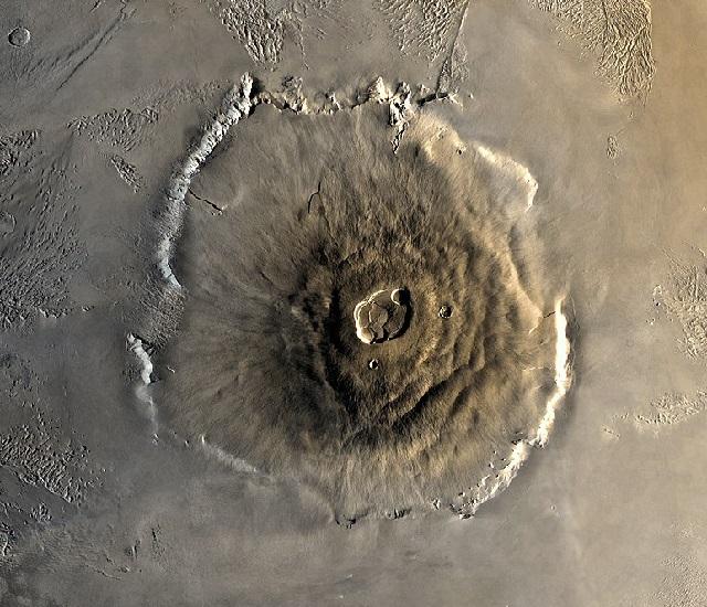 Maior vulcão do Sistema Solar fica em Marte