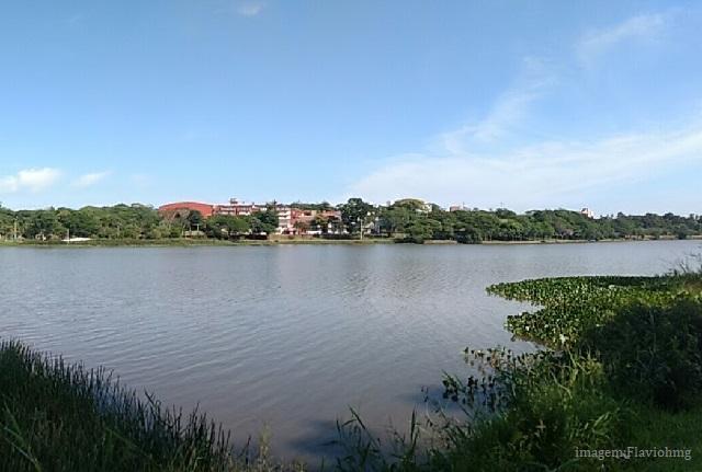 E que tal conhecer um Lago Artificial no Paraguai?
