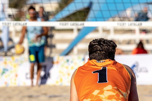 Primeiro torneio de voleibol de praia