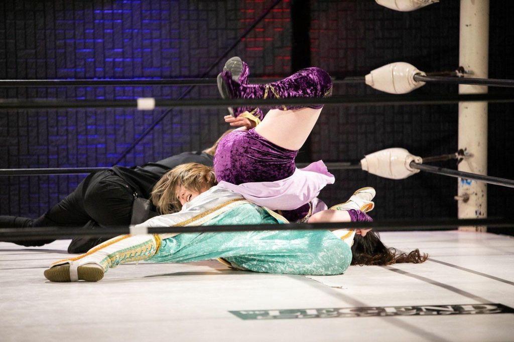 Yuka Sakazaki vs Emi Sakura