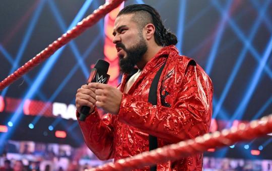 Andrade en WWE