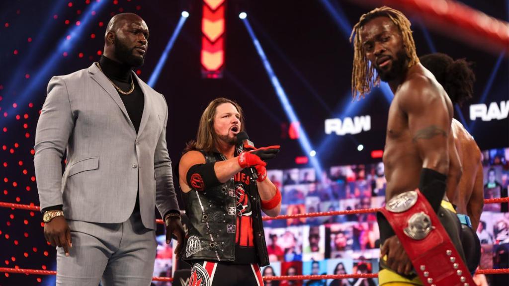 AJ Styles y New Day