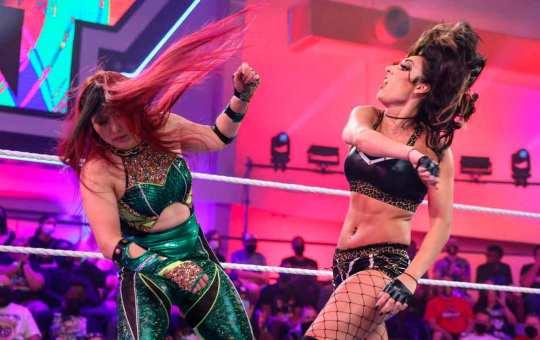 Jacy Jayne da el susto en NXT
