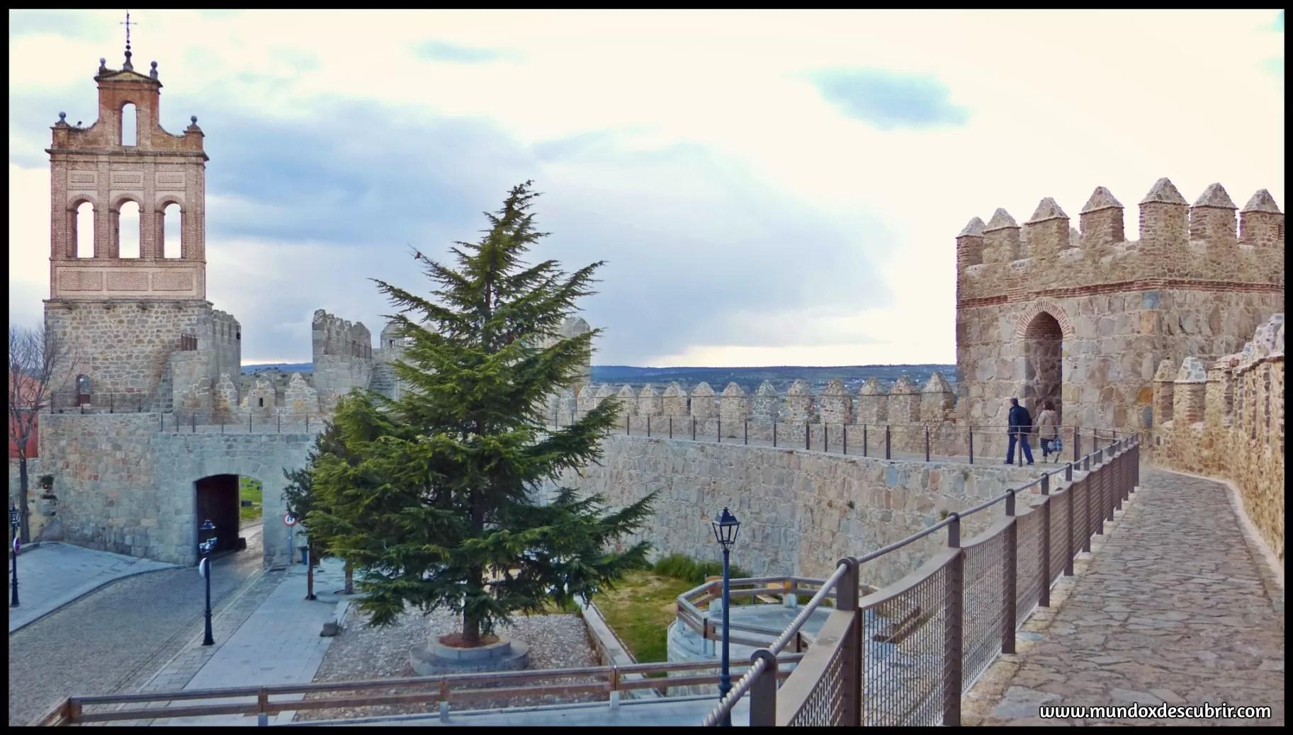 Un paseo por la muralla de vila mundoxdescubrir te lo for Oficina de turismo de castilla y leon