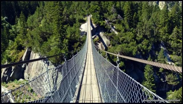 Handeckafall Bridge suiza