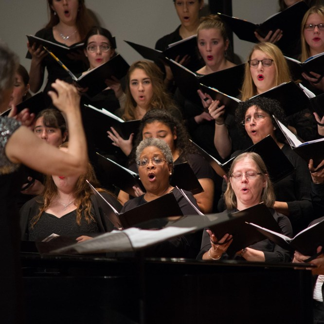 Singers Invited to Join Festival Chorus