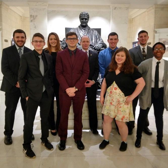 Mansfield CJA Students Visit U.S. Supreme Court
