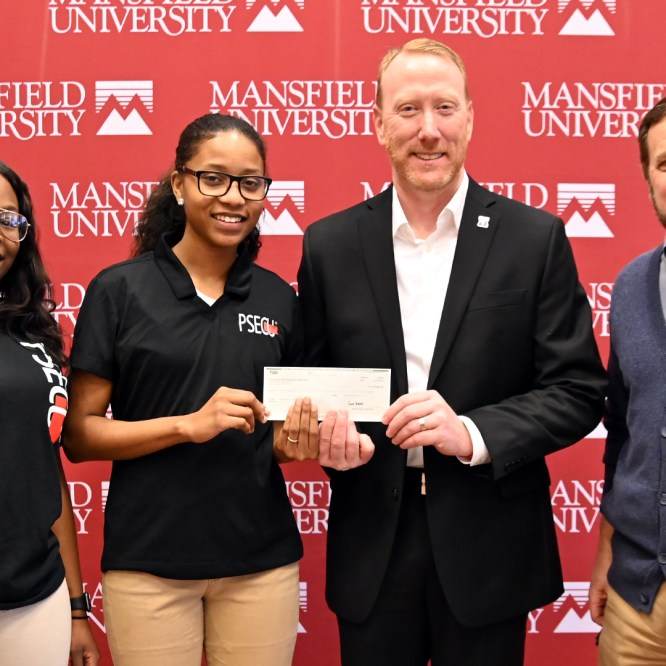 PSECU continues to support student scholarships at Mansfield University