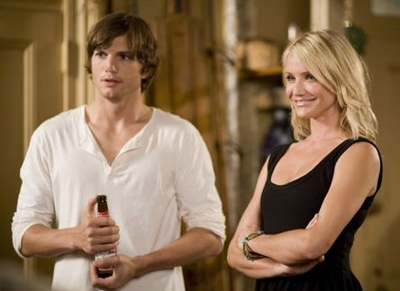 Cameron-Diaz-Ashton-Kutcher-What-Happen-in-Vegas-Joy-McNally-Fullers.jpg