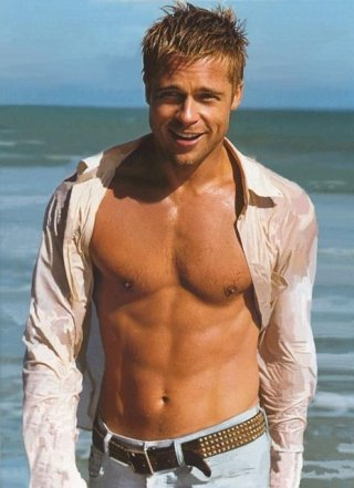 Brad-Pitt-Seaside-Shirtless.jpg
