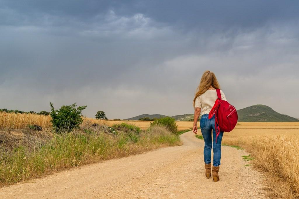 Plecaki szkolne dla dziewczynek. Jaki model wybrać