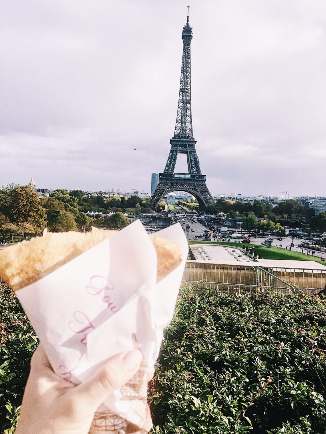 nutella crepe and eiffel tower