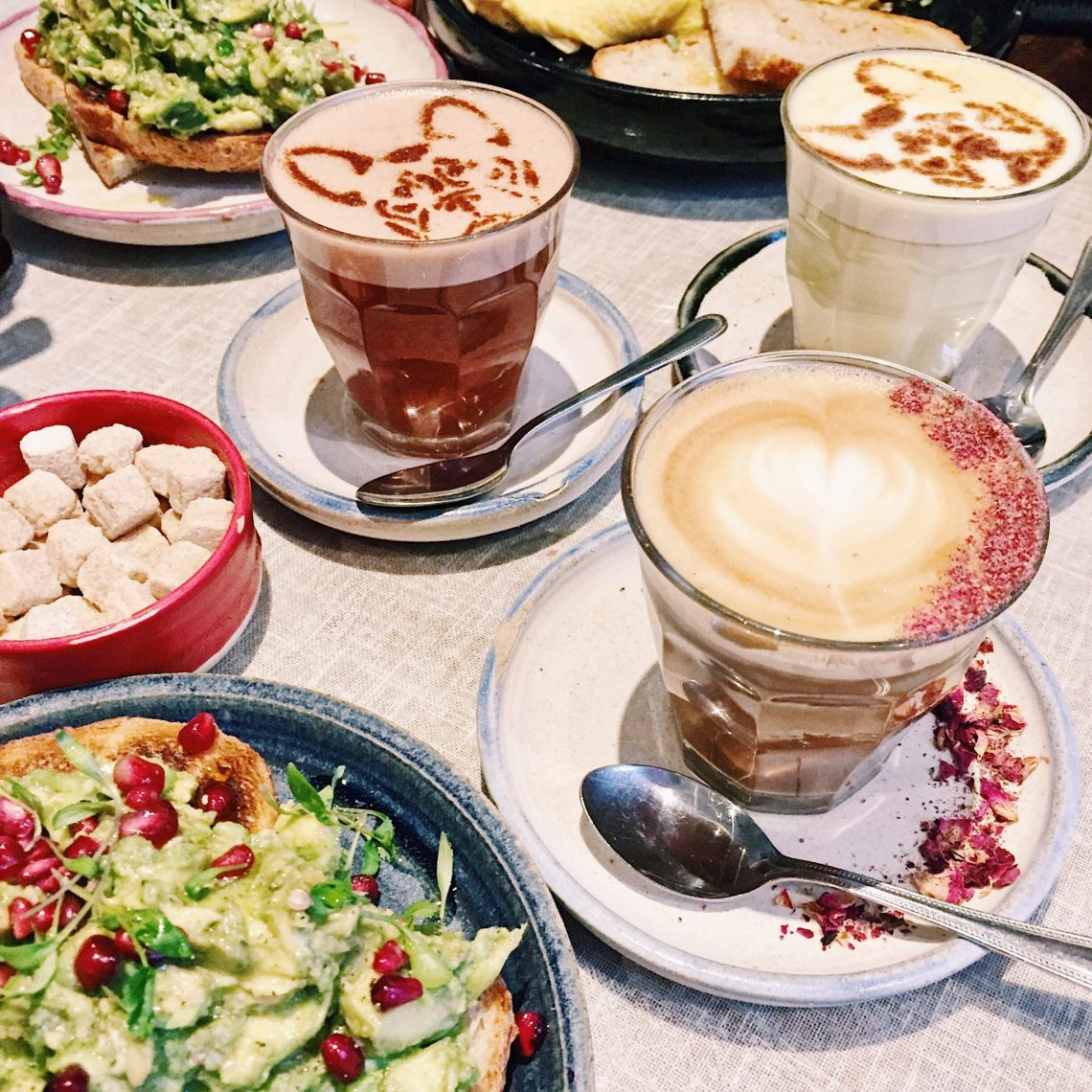 farm girl cafe london french bulldog latte