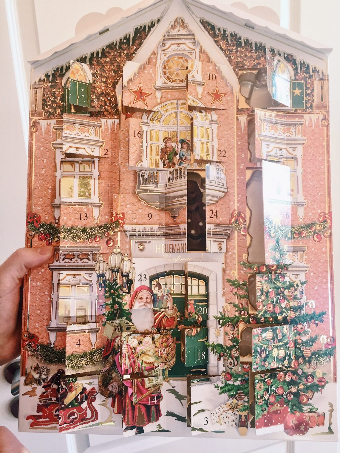 pink house german advent calendar
