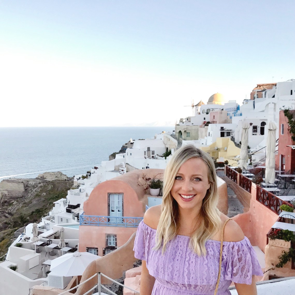 Complete Santorini travel guide.  Stunning scenery, relaxing atmosphere, and delicious seafood  - Santorini is a bucket list destination! Here's all of our favorite places to eat and things to do in Santorini, Greece.