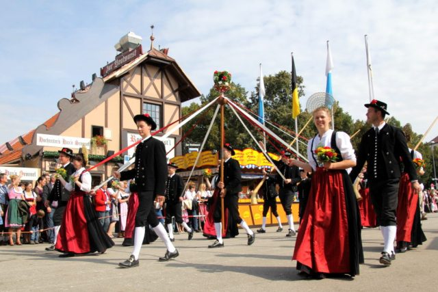 The annual parade is on Sunday, Sept 18th -- munichFOTO