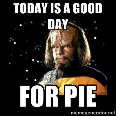 Sci Fi Thanksgiving Memes: funny Thanksgiving themed memes from Star Wars, Star Trek, Dr. Who, Matrix and Stargate.