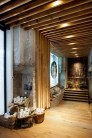 Starbucks-Amsterdam-The-Bank-Concept-Store-3-600x901