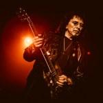 Tony Iommi, do Black Sabbath, com possível disco solo