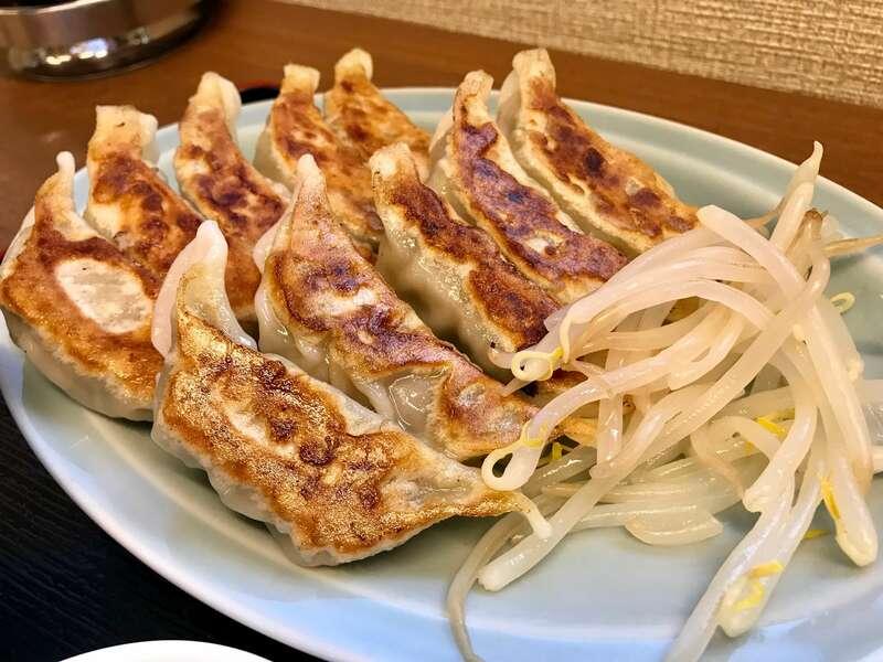 浜松餃子ビワの木の浜松餃子