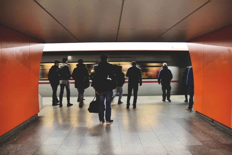 metro-1834911_1280