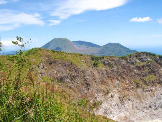 Mahawu volcano