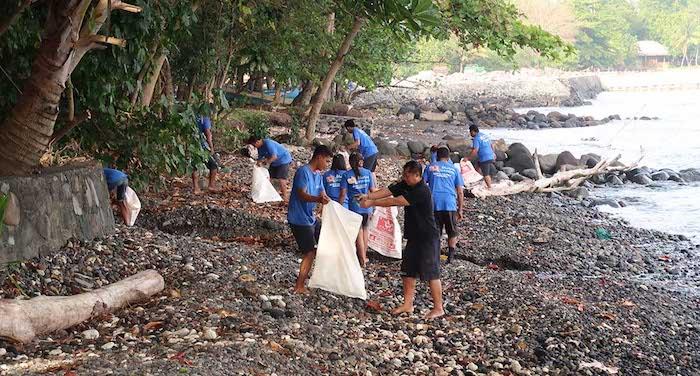 Clean Up Day Murex Manado