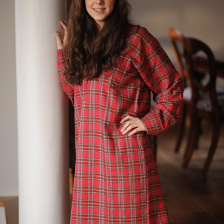 Gleneske Tartan Ladies Irish Nightshirt Royal Stewart
