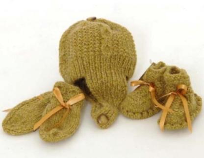 Alpaca Wool Booties Bonnet and Mitten Set