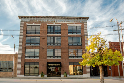 4TH STREET LOFTS – R&S CHEVROLET BUILDING