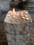 Ich mag den Steinblock für die Kerzen