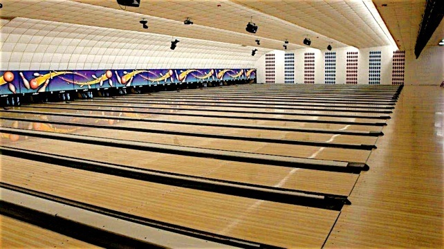 Buy used bowling equipment, Synthetic Bowling Lanes