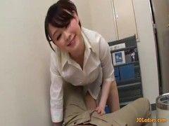 休憩中の同僚をパイズリご奉仕する癒し系美巨乳OLのえつくビデオ
