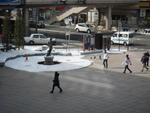 長野駅ロータリの如是姫像
