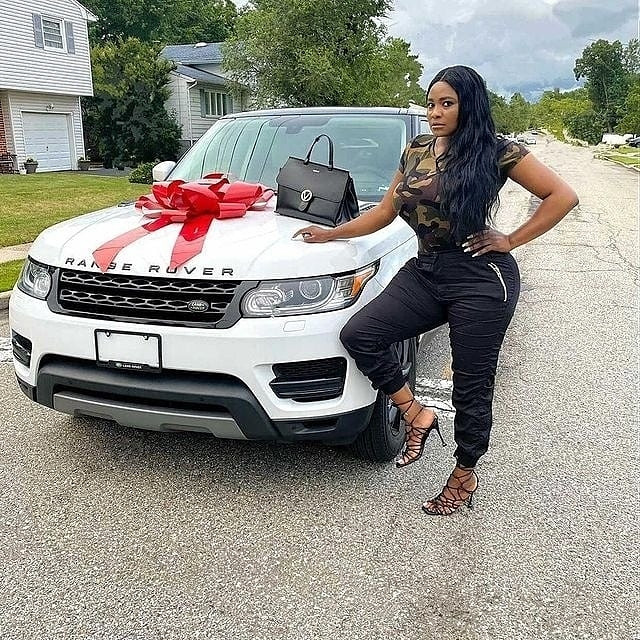 Actress,  Sonia Ogiri buys herself a Range Rover, her third new car in 7 months