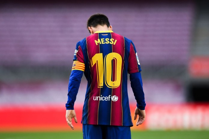 Lionel Messi reportedly shocked by Barcelona departure announcement