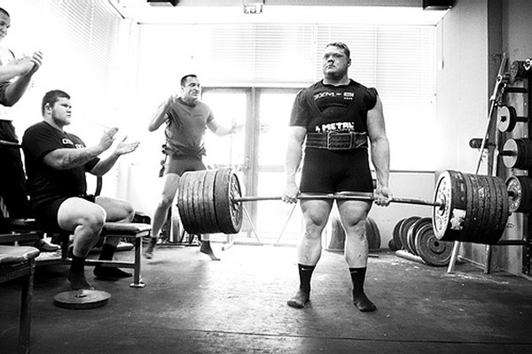 Benedikt-Magnusson-deadlift-2