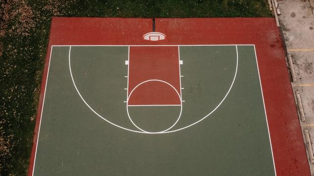 バスケで選抜選手になるために必要なフィジカル要素【中学生から始める当たり負けしないカラダ作り5選】