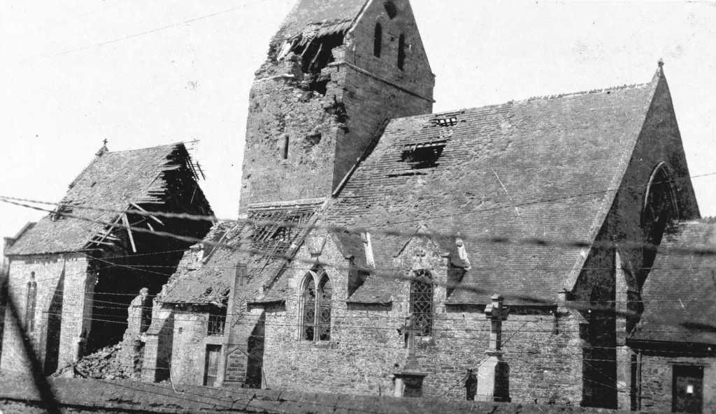 Eglise de Méautis bombardée en juin 44