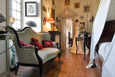 Donville manor details (5)